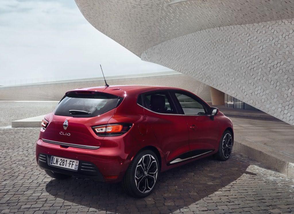 Renault-Clio-2017-6